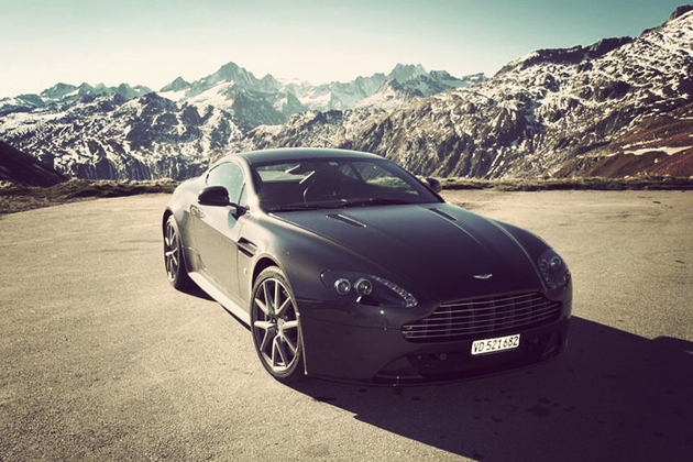 007 Aston Martin Driving Holiday