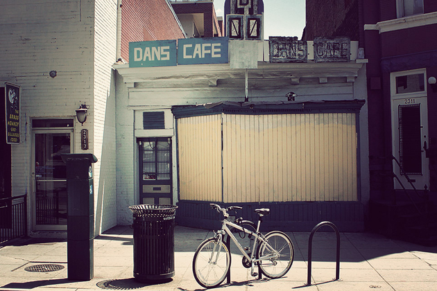 Dan's Cafe