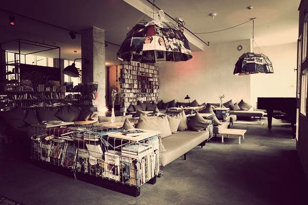 stay gallivant. Black Bedroom Furniture Sets. Home Design Ideas